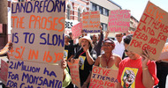 Thumb_southafrica_land-reform-protest_sandisophalisowcn
