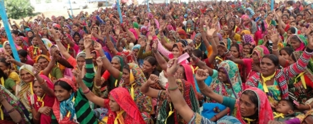 Indian police stop mass protest against land grabs
